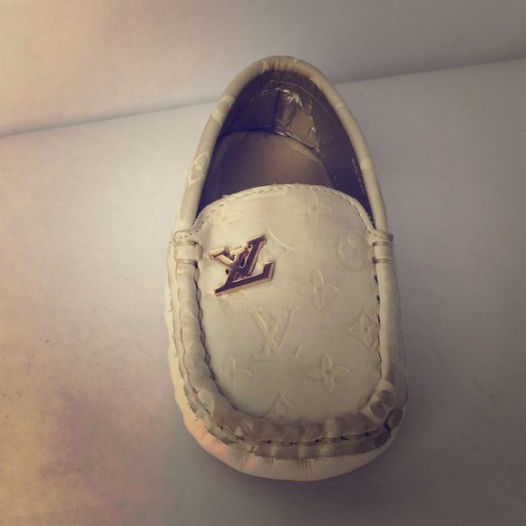 ca5acfb6fabf Louis Vuitton Other - LV leather white baby shoe